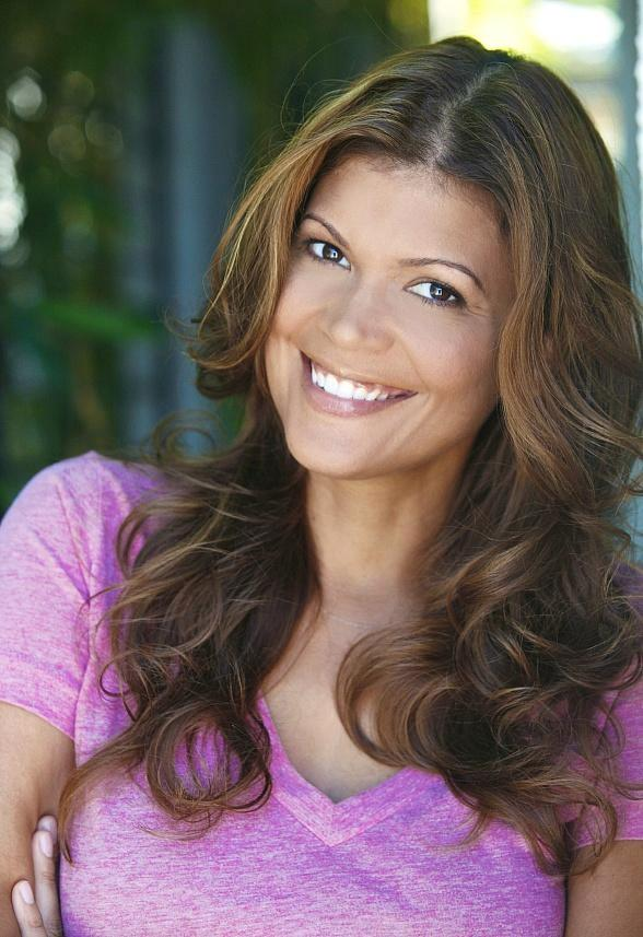 Comedian Aida Rodriguez to Perform at Sapphire Comedy Hour in Las Vegas Friday, June 20 and Saturday June 21