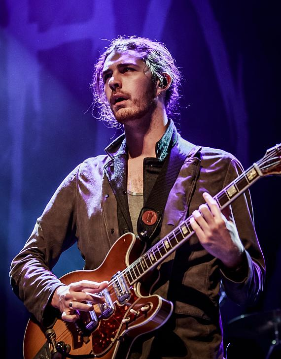 """""""Valley to Vegas"""" kick offs at The Cosmopolitan of Las Vegas with performances by Ratatat and Hozier"""