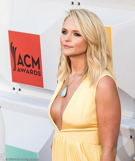 Arrivals at ACM Awards at MGM Grand: Dolly Parton, Nicole Kidman, Keith Urban, Carrie Underwood, Tim McGraw, Miranda Lambert and Billy Gibbons