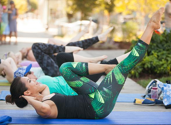 """Las Vegas First """"Bark and Barre"""" Yoga Class to Take Place on Oct. 14"""