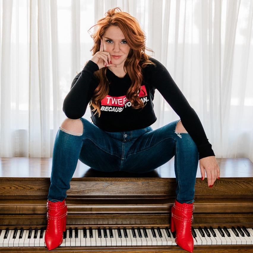 """Las Vegas Performer Sarah Hester Ross Returns from a Successful Run at the Orlando Fringe Festival with Her Original Production of """"Pianos to the Death Game Show"""""""
