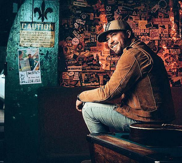 Flamingo GO Pool's Country Concert Series with 95.5 The Bull Concludes with Mitchell Tenpenny September 17