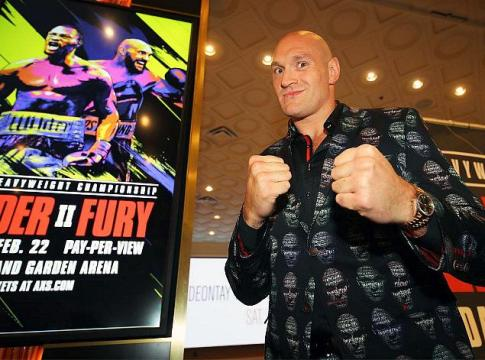 Deontay Wilder & Tyson Fury Make Grand Arrivals at MGM Grand