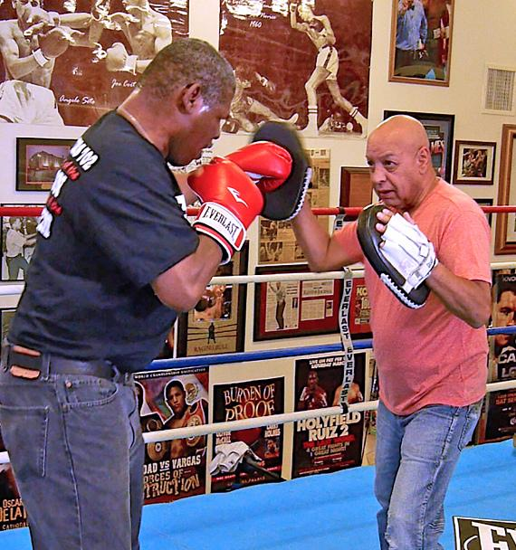 """Mike Hammer and Brian Shapiro of """"The Vegas Take"""" on CBS Sports Radio welcome Electric Violinist Lydia Ansel, Boxer J Flash Nichols, Referee Joe Cortez, journalist Robin Leach and Producer Hollis T. Barnhart on Saturday, August 27"""