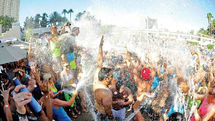 Pool Jobs at Las Vegas