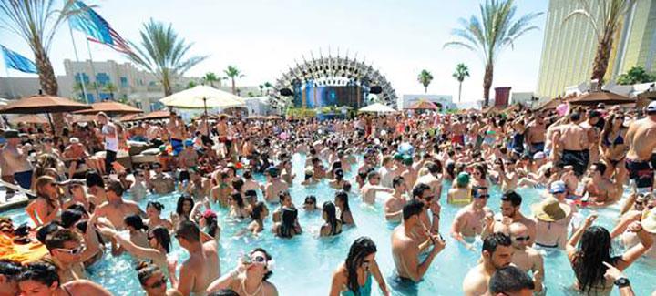 Daylight Beach Club Friday MDW 2014