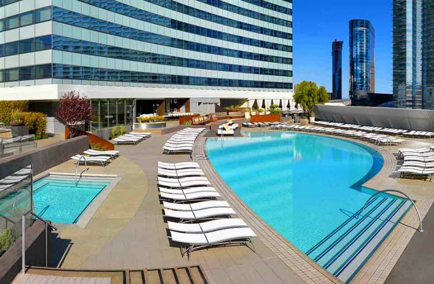 Las Vegas Pools Open Year Round