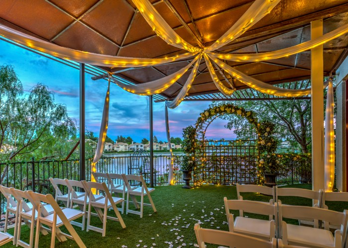 2 Vegas Lake Wedding Venues Amp 1 Banquet Hall 4 Packages
