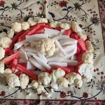 chopped gajar gobhi shalgam for achar