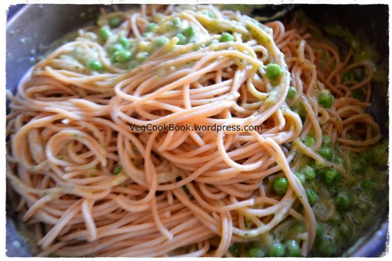 basil pesto peas spaghetti. easy to make italian vegetarian meal using homemade pesto sauce. both instant pot and stove top methods given.