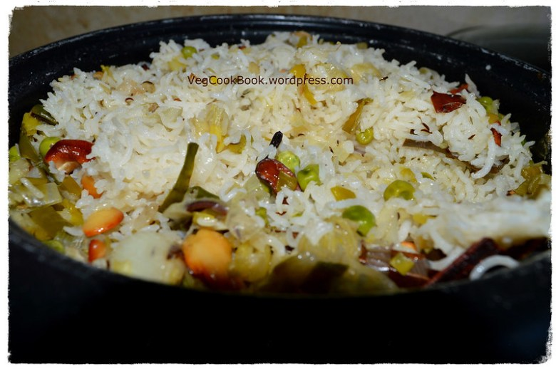 spring onion pulao / rice made in Instant Pot / Stove Top / Rice Cooker