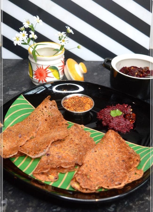 Instant, mix & make, South Indian style breakfast recipe with Ragi flour / Nachni / Finger Millet Flour without using rava / semolina.