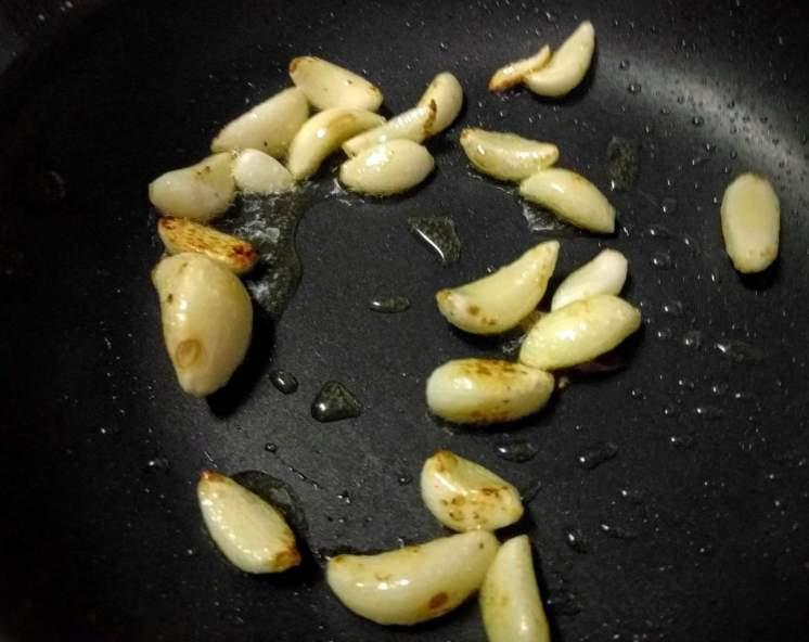 Dry Garlic Chutney Recipe Instructions
