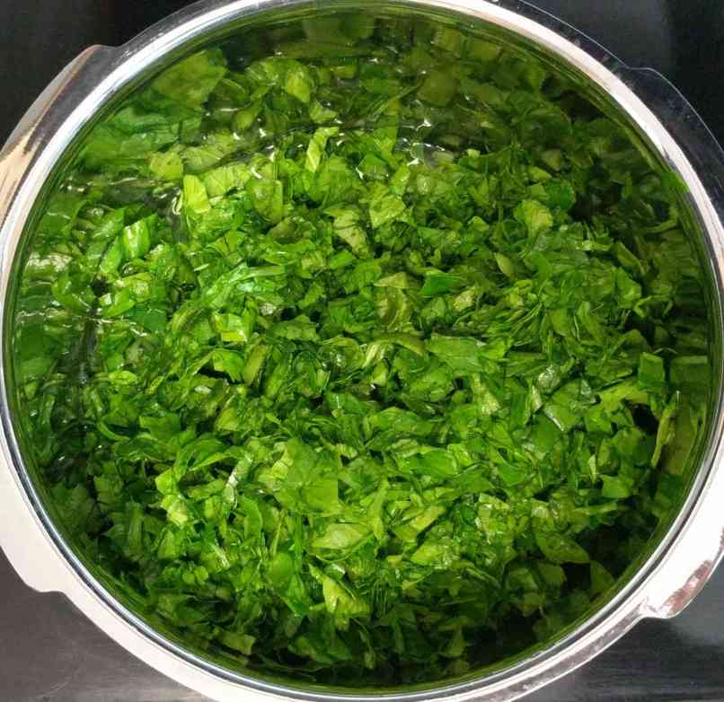Dal Palak Recipe Step By Step Instructions 2
