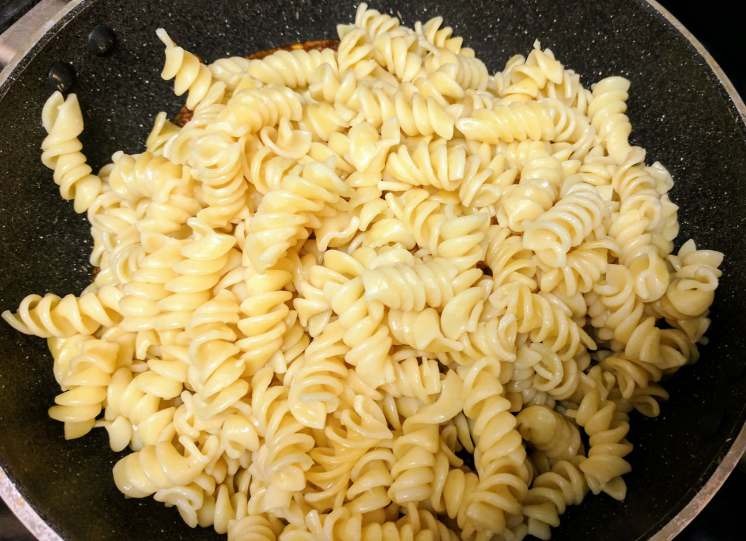 Sun-Dried Tomato And Pesto Pasta Recipe Step By Step Instructions 13