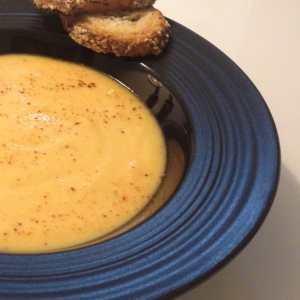 Soupe à la patate douce et au panais