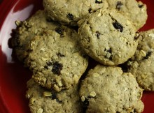 Vegan Oatmeal Raisin Cookies!