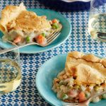 52e8689495dbfc89857631f3a5cc16c8--vegetarian-pot-pies-vegan-pot-pies