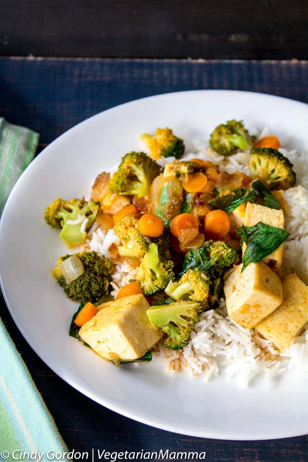 Curry Tofu with Broccoli and Rice
