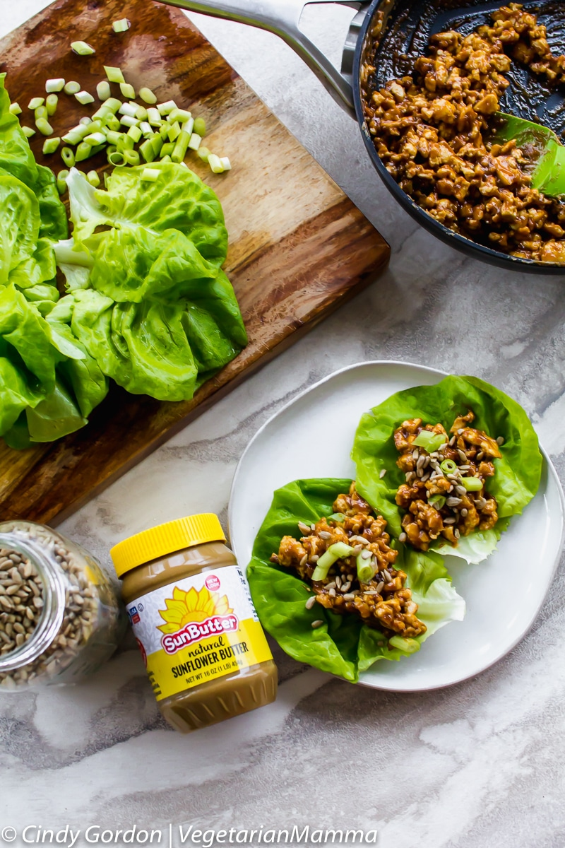 Thai lettuce wraps and ingredients