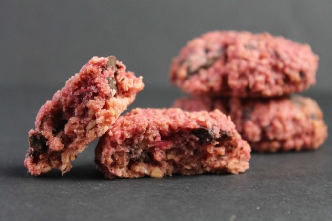 Beetroot Cookies: Beet Chocolate Chunk Cookies   Veggie Desserts Blog