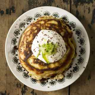 Zucchini (Courgette) Dark Chocolate Chunk Pancakes with Maple Yogurt | Veggie Desserts Blog