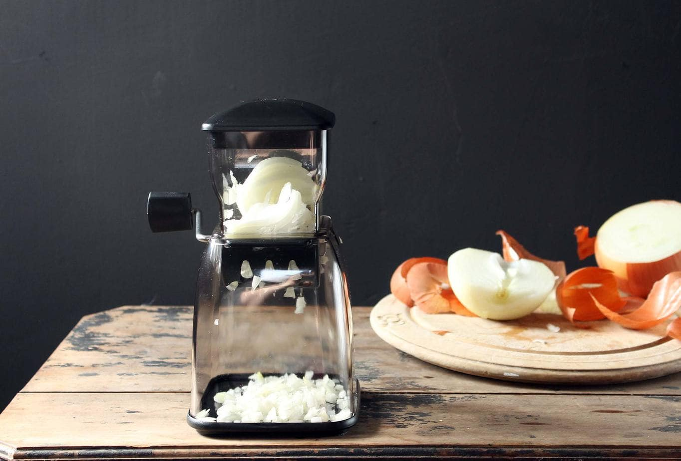 Gefu Cubico Onion Chopper | Veggie Desserts Blog