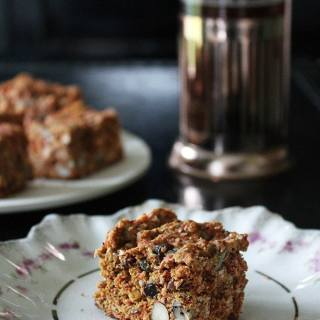 Superfood Cake Bars | Veggie Desserts Blog