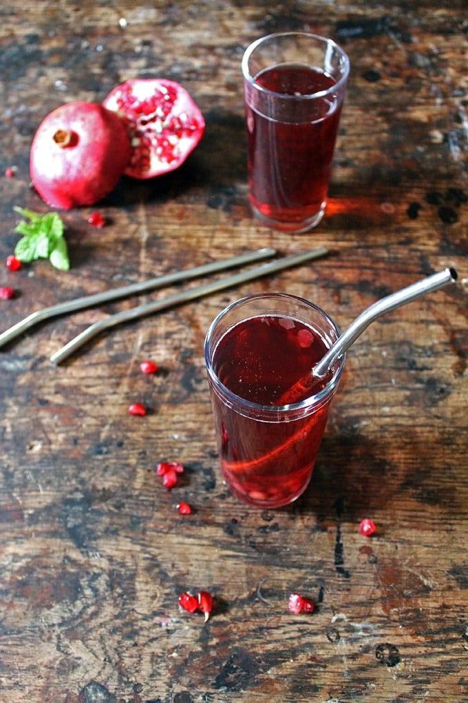 Cranberry Pomegranate Cosmopolitan Cocktail Recipe | Veggie Desserts Blog