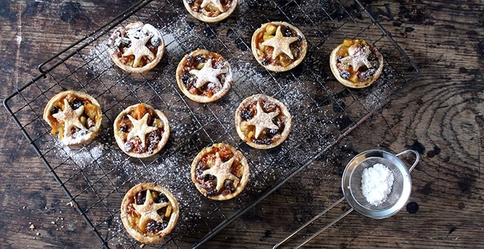 Healthy Carrot and Apple Mince Pies