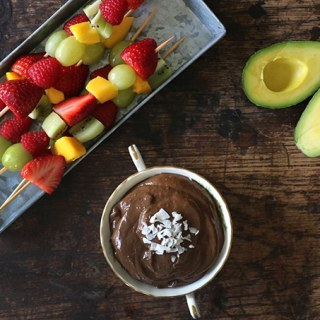 Chocolate Avocado Dip with Fresh Fruit Skewers | Veggie Desserts Blog
