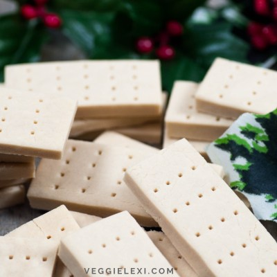 Simple Delicious Shortbread that's Vegan and Gluten Free - by Veggie Lexi