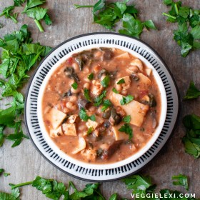 Creamy Vegan and Gluten Free Lasagna Soup. Made with Mushrooms, Garlic, Onion, Zucchini, Tomato, Navy Beans, and Tofu - by Veggie Lexi