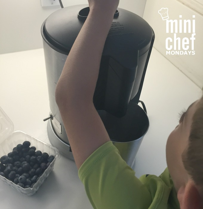 Juicing Blueberries