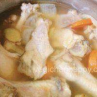 鶏の手羽元でボーンブロススープを手軽に作ってみよう!