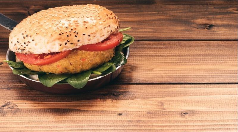 Fornecedora de carne bovina vai produzir hambúrguer vegetal
