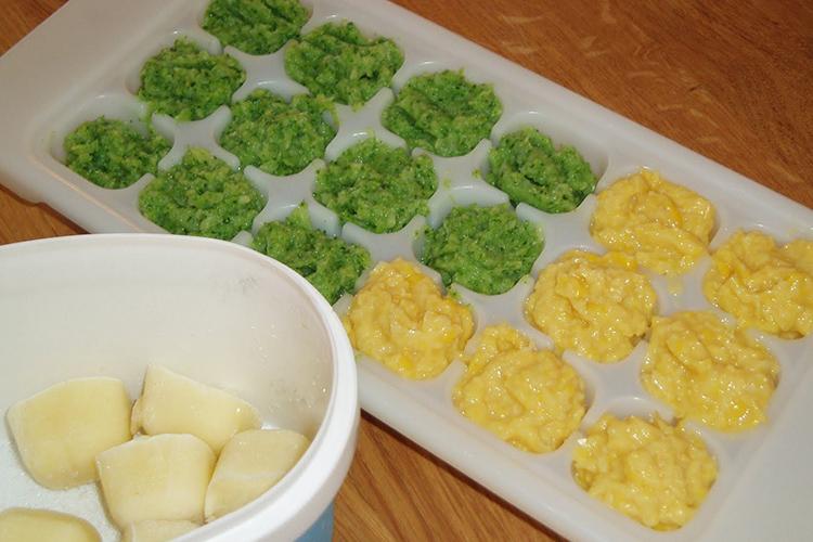 Isform med mosad potatis och ärter i