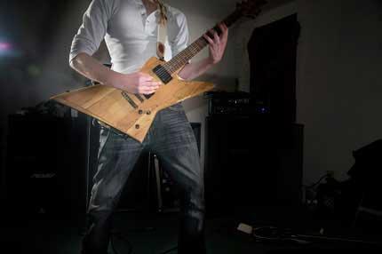 Guitar + pliers = brilliant