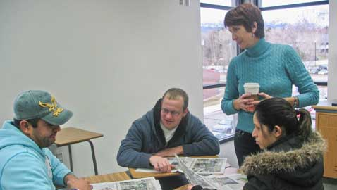Conversation club helps students learn English