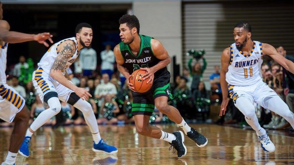 Men's basketball: Wolverines on short end of 4OT thriller