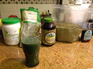 Pistachio, Hemp, Spirulina Madness | The best green drink I've ever had.