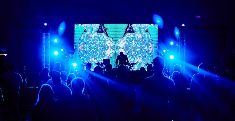 tonebox-performance-neon