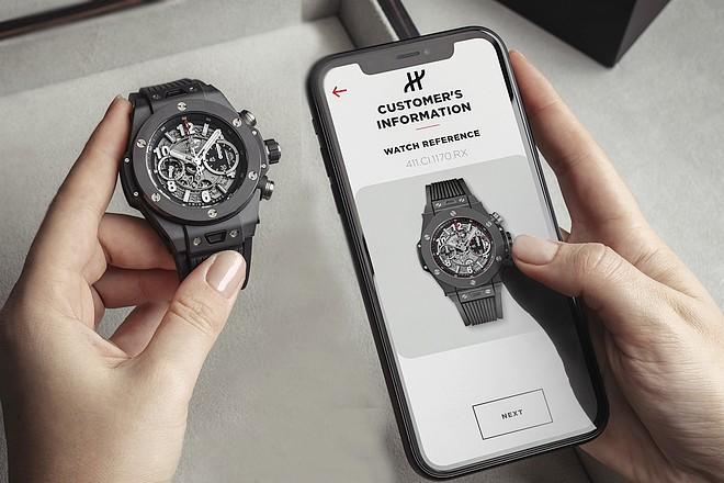 Les montres de luxe Hublot garanties par reconnaissance visuelle électronique et blockchain – La Revue du digital