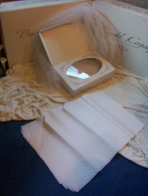 archival box comes with tissue paper