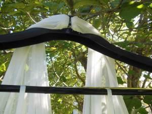 Shortening dress straps