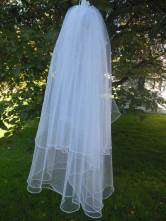 2 Tier medium oval shape veil