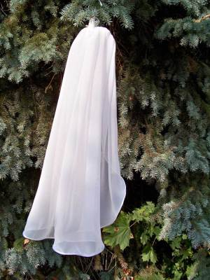 Traditional cord edge chiffon veil