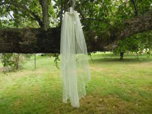 English net waterfall veil elbow length