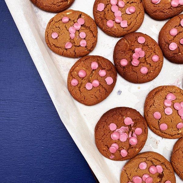 Cookies med ruby & hvid chokolade