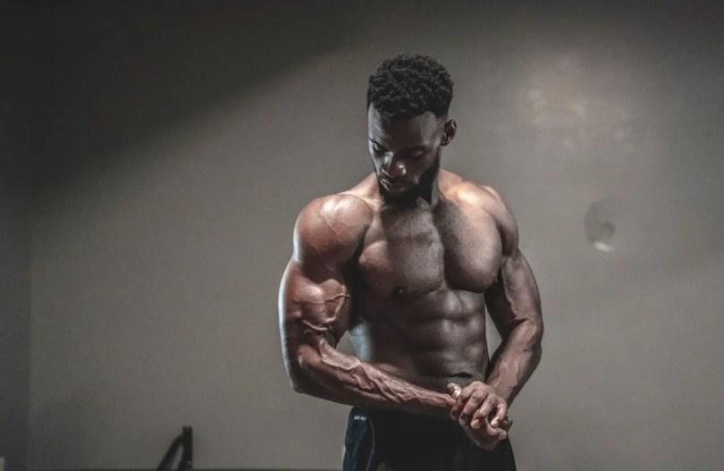 Endomorph bodybuilder showing off a muscular body.